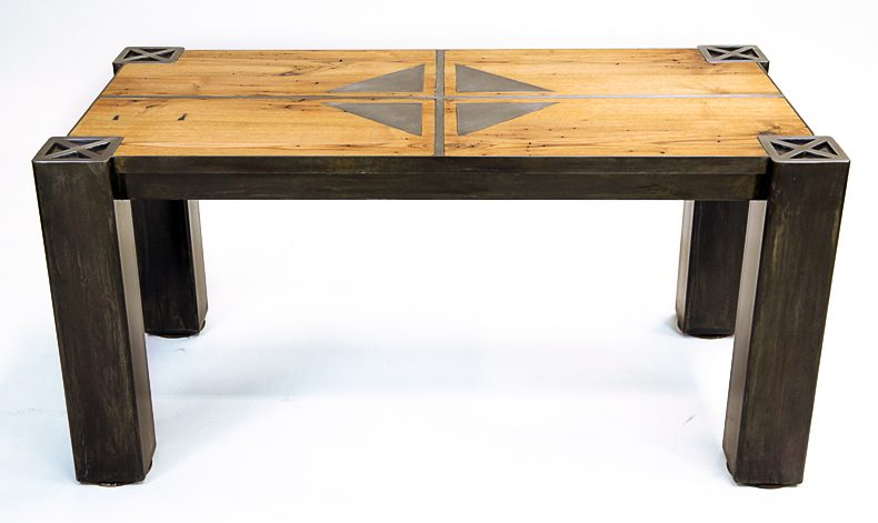 RUTLAND TABLE