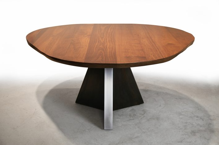 Manhattan Pedestal Dining Table