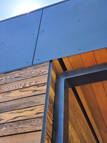 Outside Corner Detail Crows Mouth