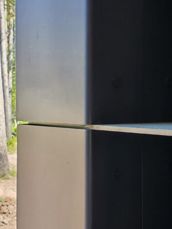 Metal Outside Corner with metal shelf