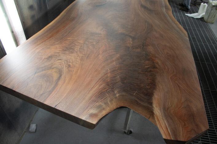 Big Walnut Wishbone Table Coffee Epoxy