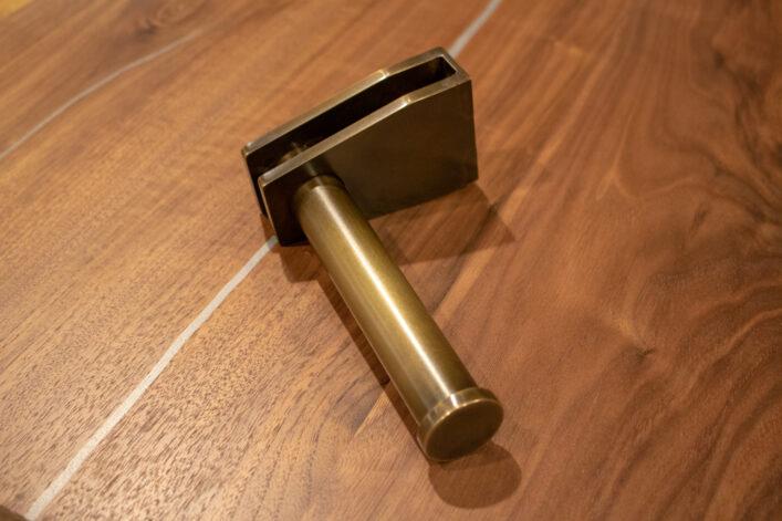 modern brass tp holder